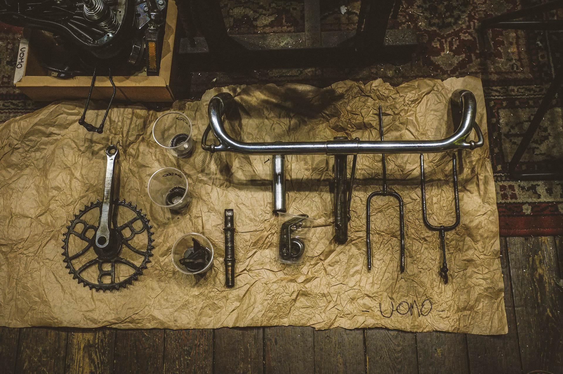 restauro bicicletta uomo negozio circus (restauro bici)